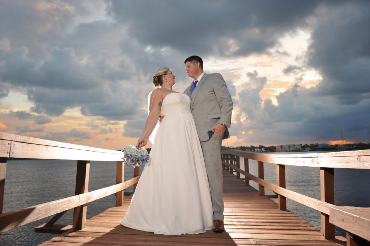 wedding-sunset-riverfront-event-center-01.014