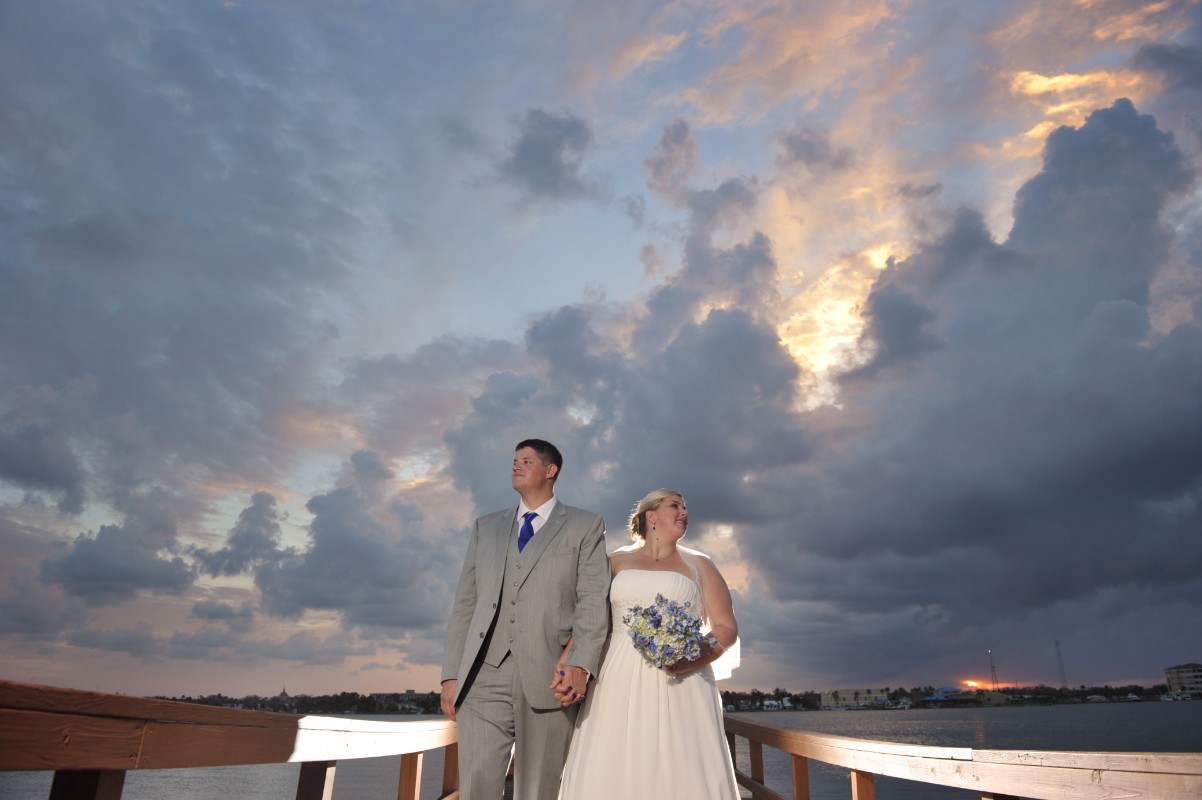 wedding-sunset-riverfront-event-center-01.022