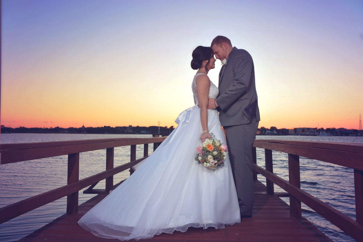 wedding-sunset-riverfront-event-center-02.005