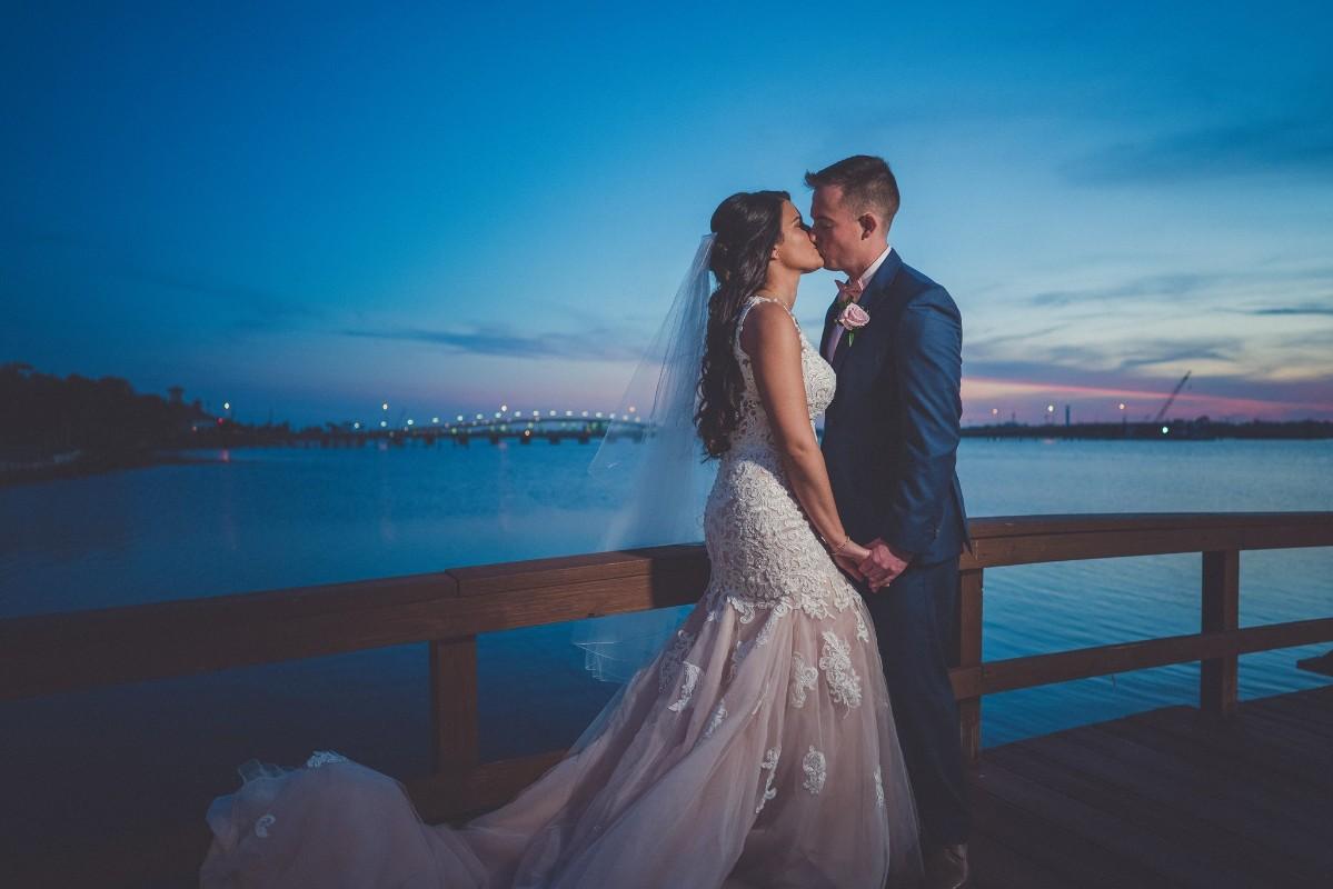 wedding-sunset-riverfront-event-center-04.36